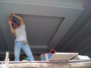 sửa chữa trần vách thạch cao