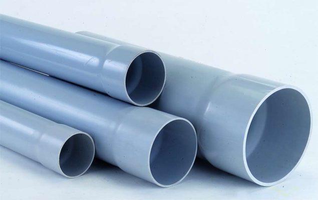 Thông bồn cầu bằng ống nướcnước