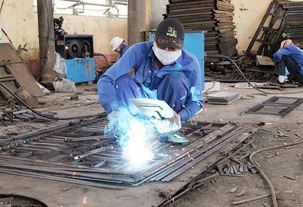 Thợ sửa chữa hàn inox tại nhà