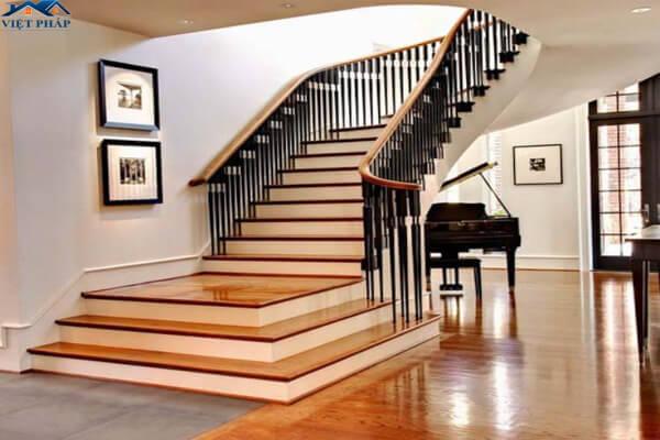 Tay nắm cầu thang bằng gỗ hình elip