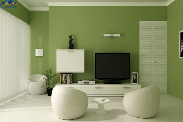 Tường phòng khách màu xanh lá gần gũi thiên nhiên