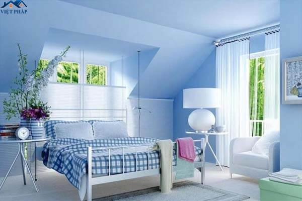 Phòng ngủ sơn màu xanh da trời dịu mắt