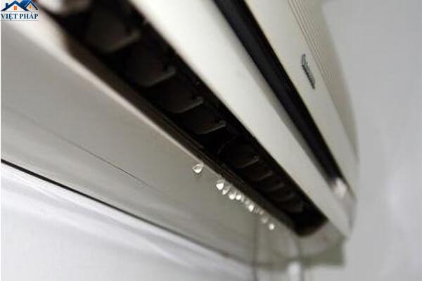 Sửa máy lạnh bị chảy nước tại nhà nhanh chóng